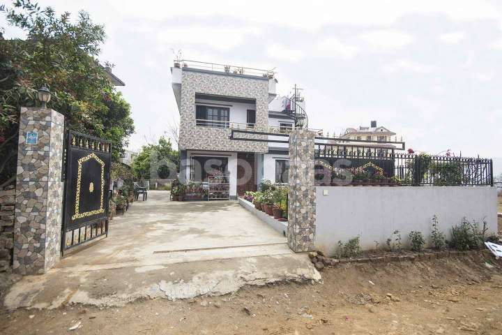 House for Sale in Thecho
