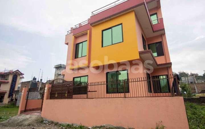 House on Sale at Mandikatar