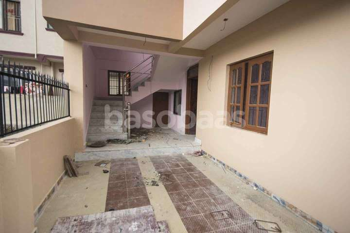 House on Sale at Mahankal