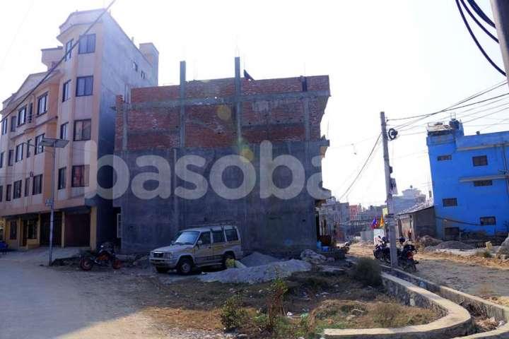 Land on Sale at Naya Thimi