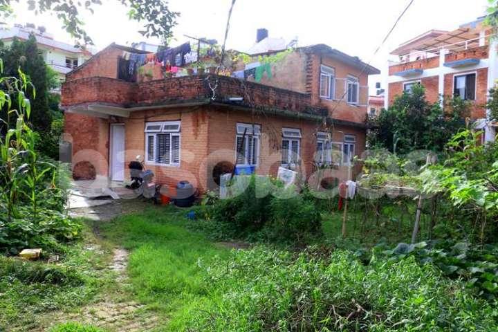 Land on Sale at Nakhipot