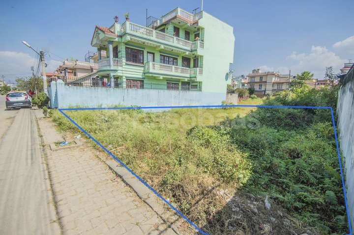 Land on Sale at Bhaisepati
