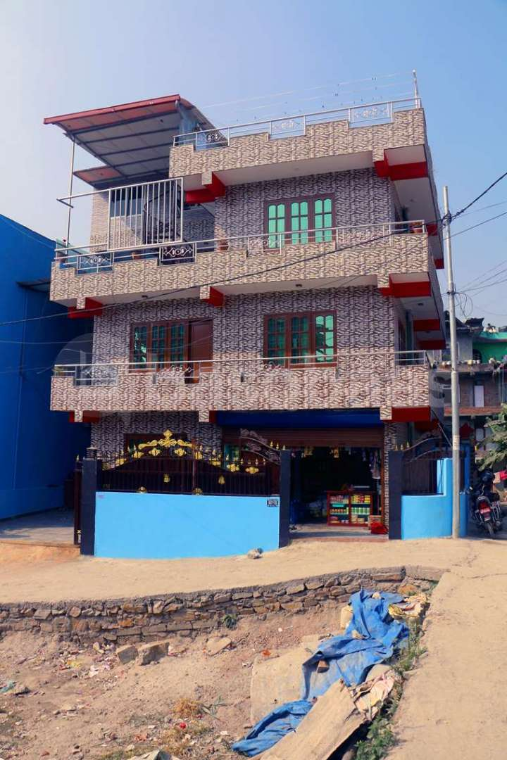 House on Sale at Manamaiju