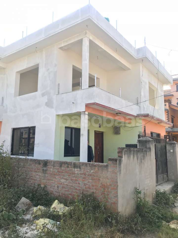 House on Sale at Thecho