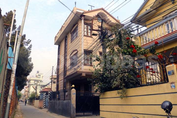 House on Sale at Samakhusi
