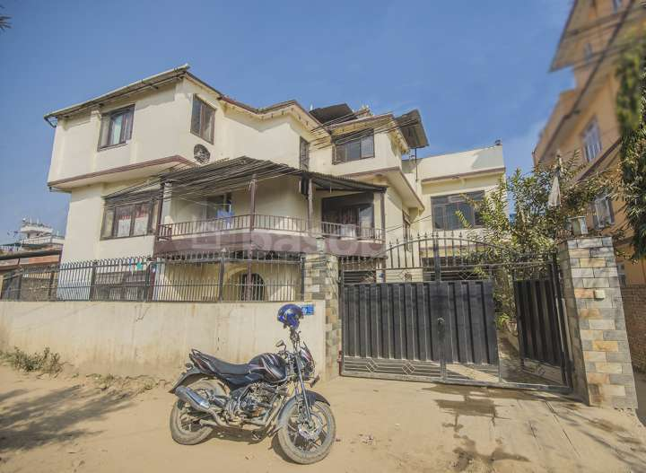 House on Sale at Lokanthali