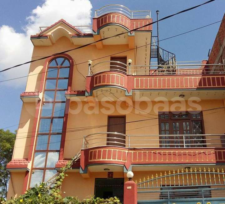 House on Sale at Naya Thimi