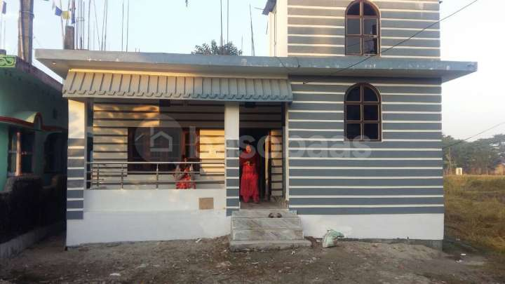 House on Sale at Chandragadi
