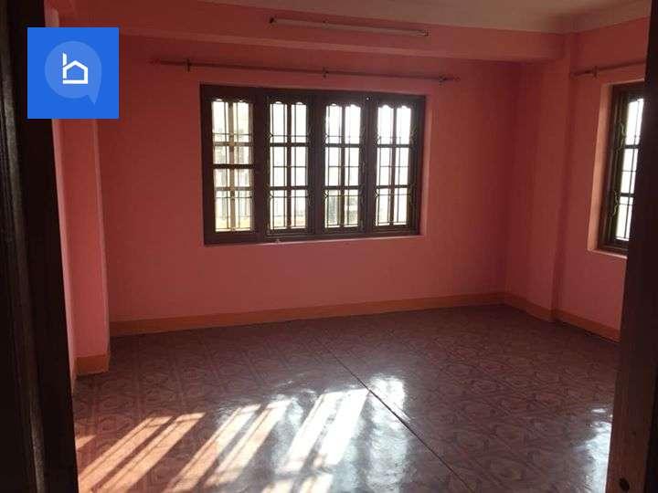 Flat for Rent in Baniyatar