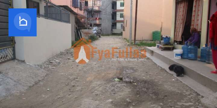 House for Sale in Makalbari