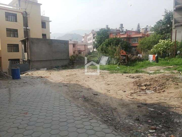Land for Sale in Chauni
