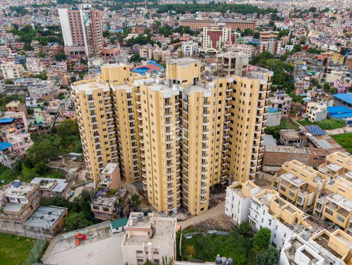 Apartment for Sale in Ravi Bhawan