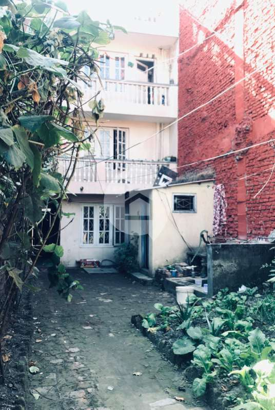 House for Sale in Lainchaur