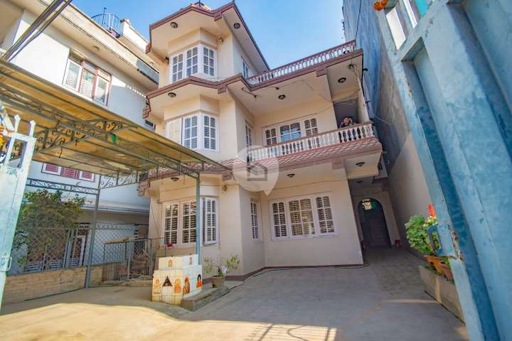 House for Sale in Shantinagar