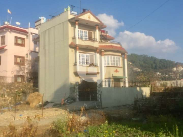 House for Sale in Chapali