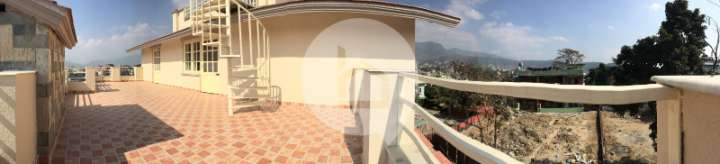 House for Sale in Golfutar