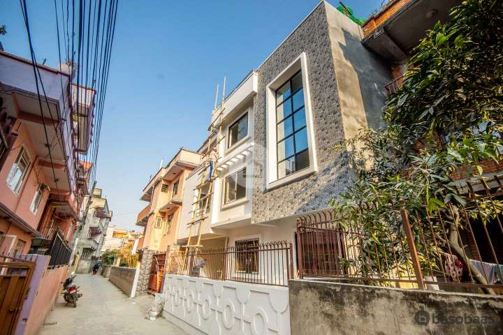 House for Sale in Sankhamul
