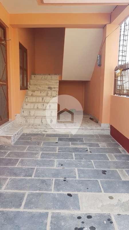 House for Sale in Mandikatar