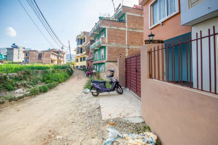 House for Sale in Sipadol