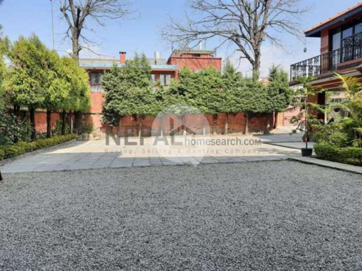 House for Sale in Chundevi