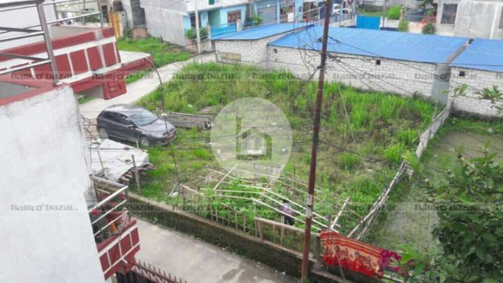 Land for Sale in Mandikatar
