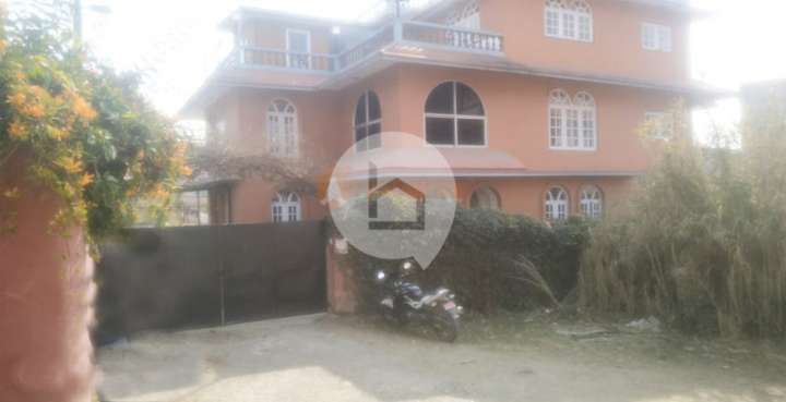 Flat for Sale in Baghdol