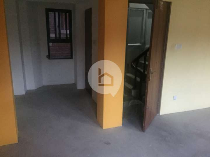 Flat for Rent in Newroad