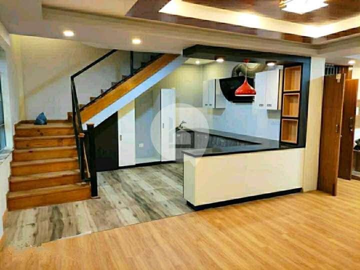 House for Sale in Chappal Karkhana