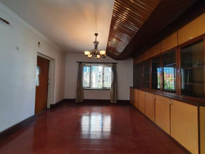 House for Rent in Chappal Karkhana