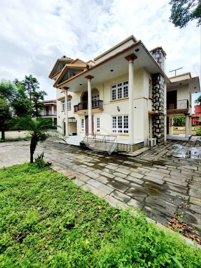 House for Sale in Chundevi