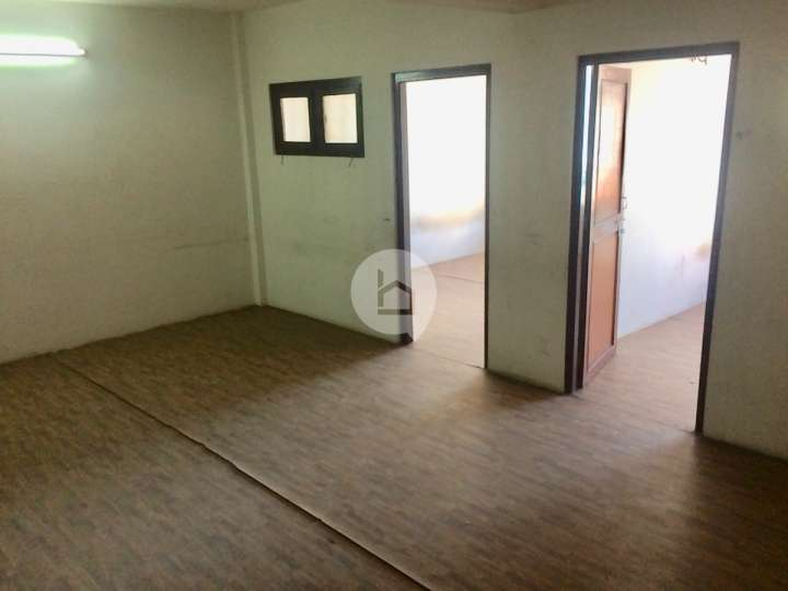 Flat for Rent in Golfutar