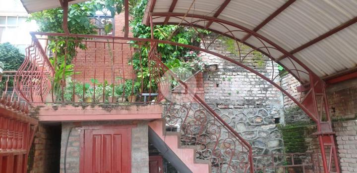 House for Sale in Lainchaur