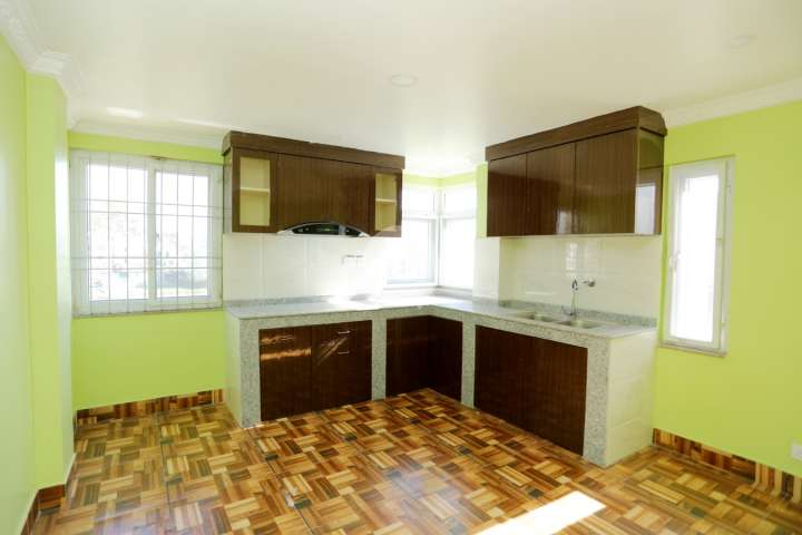 Flat for Rent in Grande Villa
