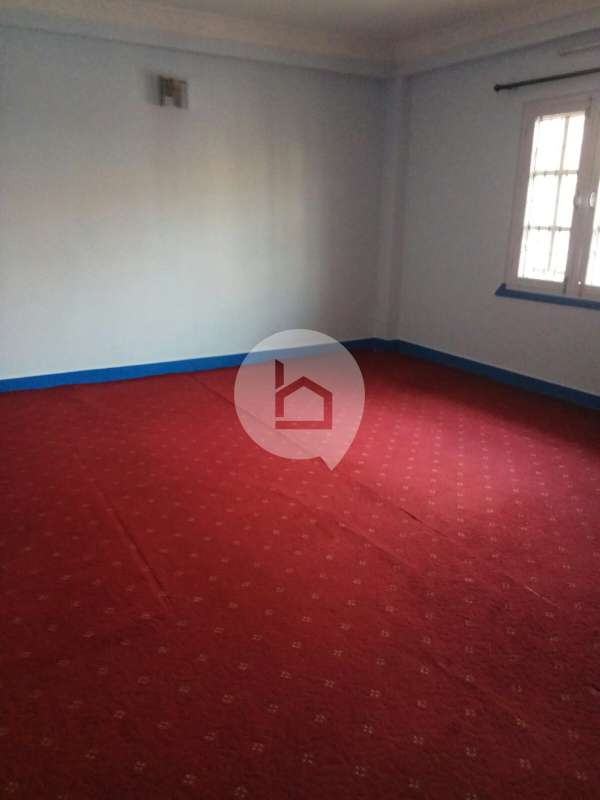 Flat for Rent in Mandikatar