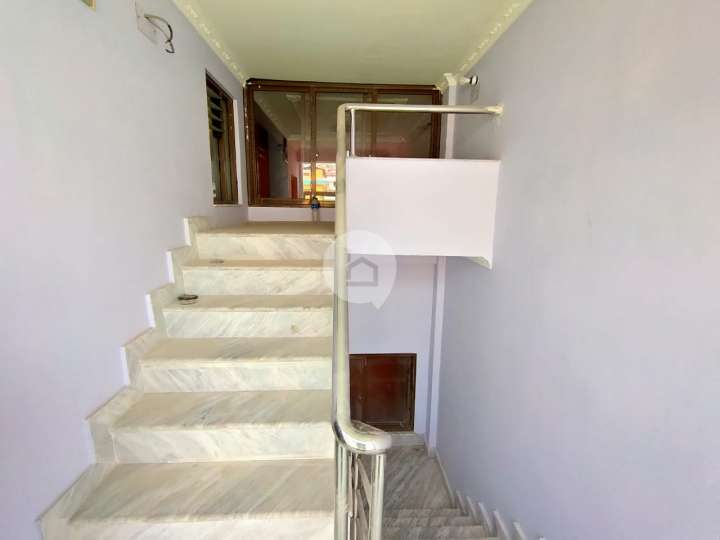 House for Sale in Dahachowk, khahare