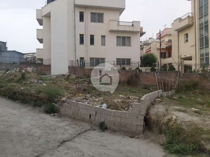 Land for Sale in Greenhill city, Mulpani