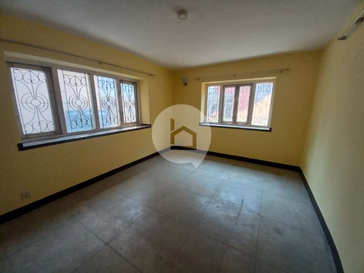 Flat for Rent in Kupondole