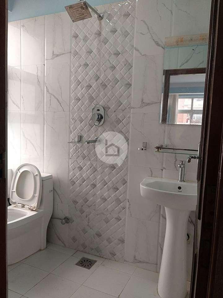 Apartment for Rent in Basbari