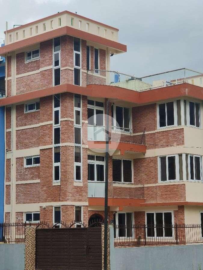 Flat for Rent in Hattiban